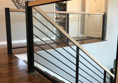 Residential-horizontal-pickets-with-glass-handrail-with-black-powder-coat-finish-1